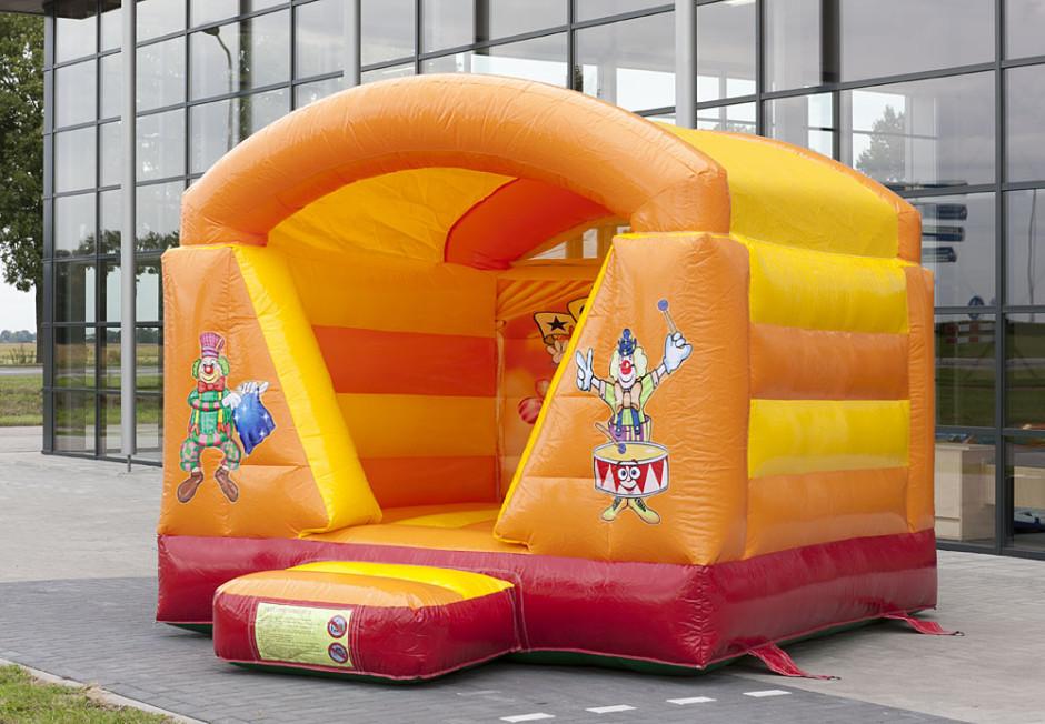 Mini springkussen circus overdekt4 940x652